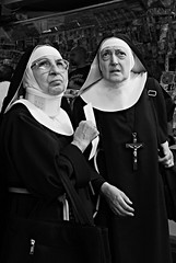 sister act (Vulk.an) Tags: street portrait bw white cinema black film monochrome train movie torino interestingness delay sister bn explore porta portfolio turin stazione suora bianco ritratto treno nero nuova ritardo feldman suore sorella portanuova tot attrice suba carriera vianello tognazzi diecicento onlyyourbestshots mancata oct7200774 tcningresso crocifissoantinosferatu savevulkan