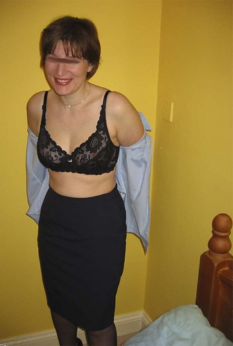 without bra for big busted women pics: me, womeninbras