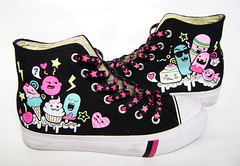 Candies chucks. (China DoII) Tags: print pie shoes candy sneakers lolipop cupcake converse icecream custom lollipop chucks pimpmyshoes sneackers