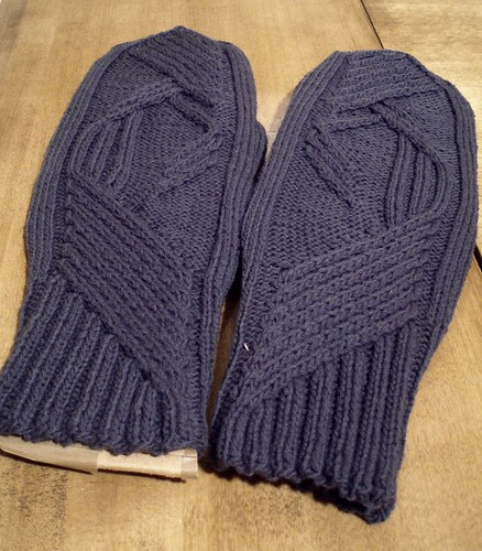ComeToMe mittens