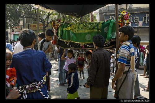 Non Muslim Perspective On The Revolution Of Imam Hussain: Images Of Thoughts: Muharram In Kolkata