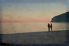 Audaci confessioni (Enrico Lo Storto) Tags: friends sunset sea italy love beach beautiful sand flickr tramonto mare flirt seduction ghiaia amicizia amore puglia spiaggia surrender amiche flirtation seduced infatuated seduzione ciottoli puntagrugno unuomo innamorarsi alenrylu goldenphotographer lovehard nikond40x photofaceoffwinner iltriangolono febbraio2008 amoredifficile sedotte stregare rinunciare mattinatafg notriangle
