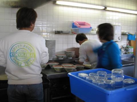 豚菜館-追記-厨房1