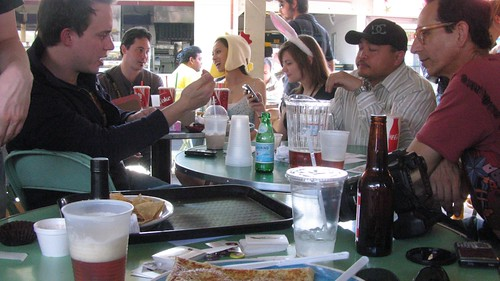 Beer & Brunch with Metblogs, Pownce & The Groop at The Farmers Market, LA