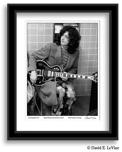 Jimmy Page with Les paul Custom in the bog
