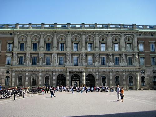 Royal Palace Court