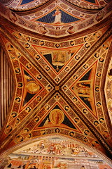 Baptistry Vaulted Ceiling (oar_square) Tags: italy gothic christian siena narrative iconography baptistry sangiovanni vaults frescoes vecchietta fifteenthcentury oarsquare