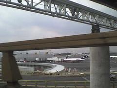aeropuerto de la ciudad de mexico (M4st3r-X-) Tags: mxico tren mexicocity df capital terminal via aeropuerto ciudaddemexico distritofederal chilangolandia valledemexico cittadelmessico conciertoheroesdelsilencio laciudadmshermosa aerotren