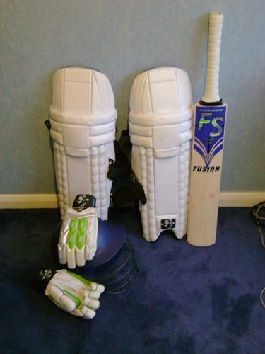 Post your batting kit 2138161956_79d78f435b