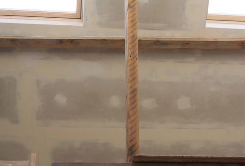 balken afgeschuurd, ramen uitgewerkt