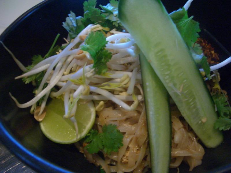 Pad Thai at Pearl