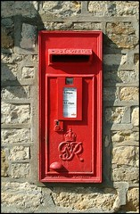 George VI Postbox, Harmston (LN5), Lincolnshire (Lincolnian (Brian) - BUSY, in and out) Tags: red england village lincolnshire postbox abc ln5 harsmton goeorgvi