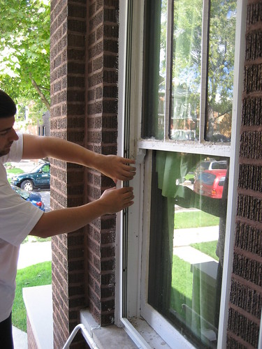removing vinyl windows