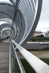De vuelta (Oscar Moral) Tags: madrid puente perrault