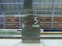 St Pancras International station (Richard and Gill) Tags: station train eurostar rail sortie exit stpancras wayout ctrl midlandrailway kingscrossstpancras stpancrasstation channeltunnelraillink williamhenrybarlow midlandmainline stpancrasinternational barlowtrainshed