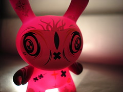 brilliant (thewhitestdogalive) Tags: fun toys kidrobot urbanvinyl dunny designertoys thomashan vinyltoys dunnyseries4