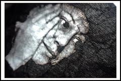 Femme de papier (Jessie Romaneix ) Tags: bw test me smart jessie self paper photo hp autoportrait noiretblanc nb papier impression essai je feuille ruffled froiss i