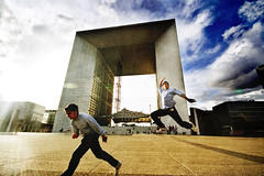 Let's jump all together! (Victoriano) Tags: light paris france architecture clouds wow jump jumping dramatic ladefense structure cube form society victoriano 10mm society1 victorianoizquierdo flogr dimentionalchange