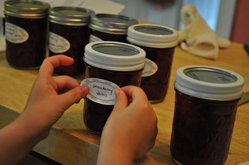 making jam ::