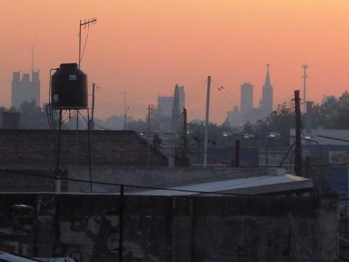 Amanecer urbanizado