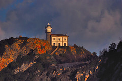 Faro de Getaria (pendas PHOTOGRAPHY) Tags: espaa lighthouse faro spain euskadi pasvasco getaria aspendas pendasphotography