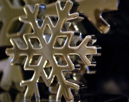 002-Mantel-Snowflake
