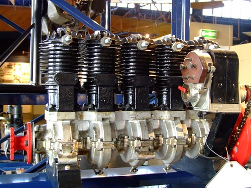 two stroke aircraft engine