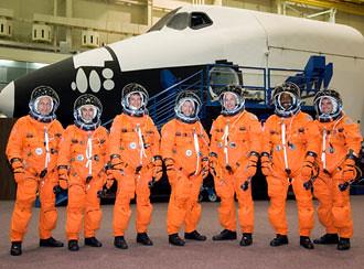 Crew of STS-122