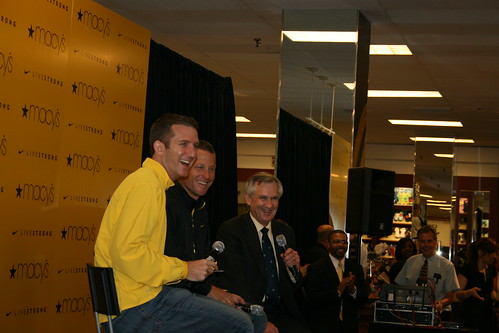 Lance Armstrong pre-Boston Marathon Event at Macys 6