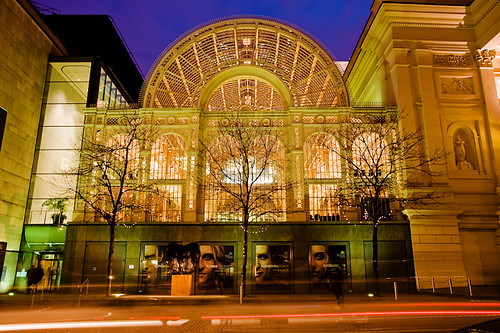 Royal Opera House - London by kayodeok @ flickr