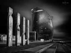 IIII W [Explored] (Ramón Menéndez Covelo) Tags: w sail vela hotel barcelona bcn 4 four urban city cityscape black blanco negro white bw bn byn ciudad skyline paisaje urbano long exposure larga exposición