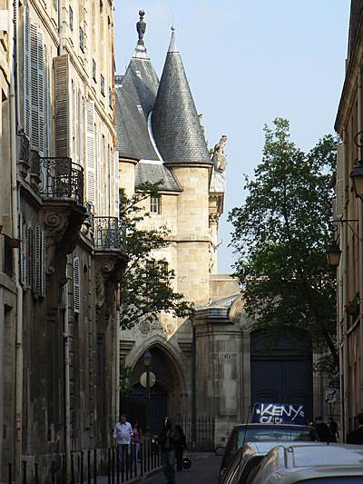 tour du Marais.jpg