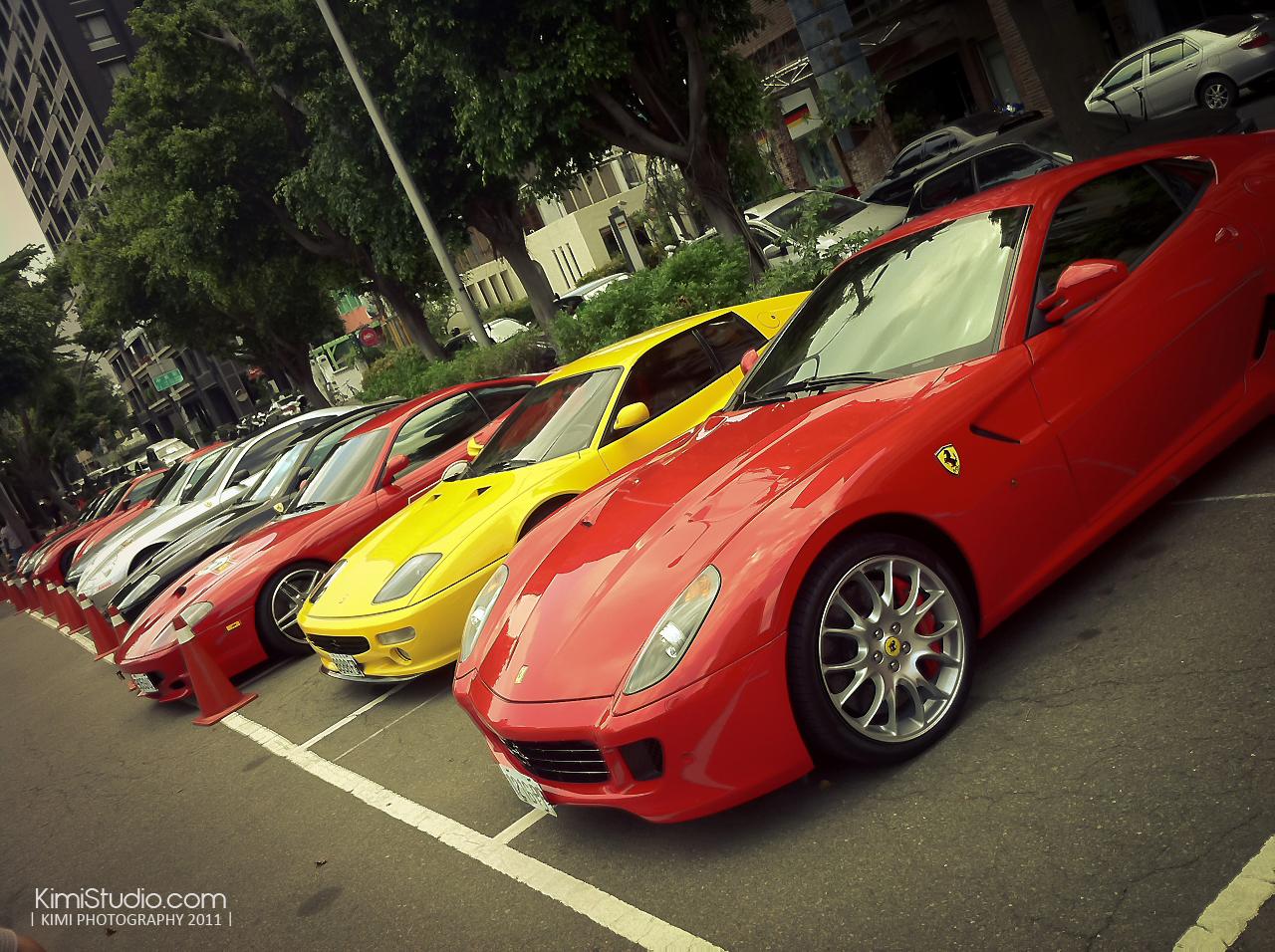 Ferrari 2011.06.10-014