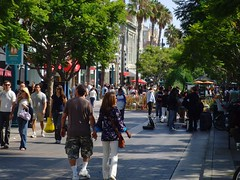 3rd St Promenade (by: Klaus Nahr, creative commons license)