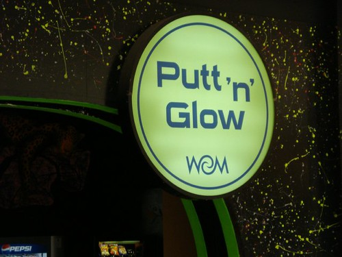 Putt in the dark
