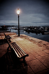 (Claire Hutton) Tags: bench boats harbour streetlamp seat 28mm dorset poolequay ricohgrd