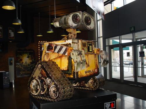 Robot Wall-E de un constructor