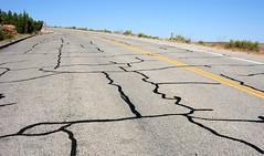 20050704_8462...Main road in Arches National Park (listorama) Tags: road lines geotagged utah moab cracks curve archesnationalpark asphalt filling tar yellowline ut2005 parkroad gulmidtstripe gulmidstripe