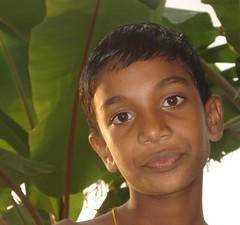 a boy (Roberta Tura) Tags: green indianboy ayes