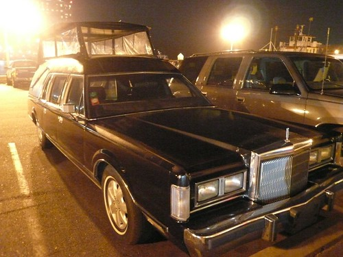 A sight-seeing hearse