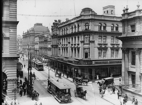 Electric trams, George Street, David Jones corner