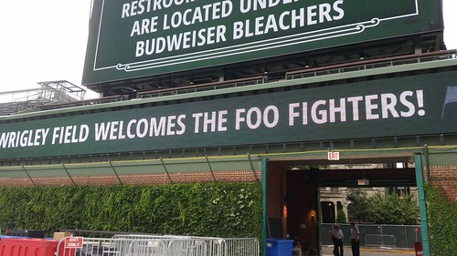 Catering: Foo Fighter Sign