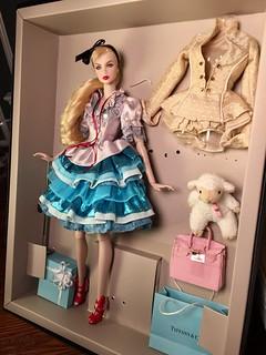 Alice in Wonderland �