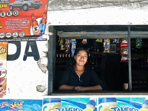 ritratto di una guatemalteca che sorride