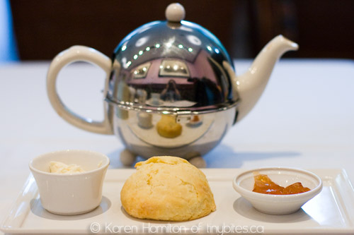 The Urban Tea Merchant: orange and ginger scone