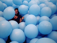 In Blue (RL Stars) Tags: blue art girl azul museum balloons spain chica arte pentax contemporary galicia marco globos vigo contemporneo martincreed rlstars pentaxh90