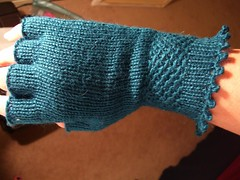 Knucks! - glove one (zsanica_zsanica) Tags: knitty handknitting blueskyalpaca knucks