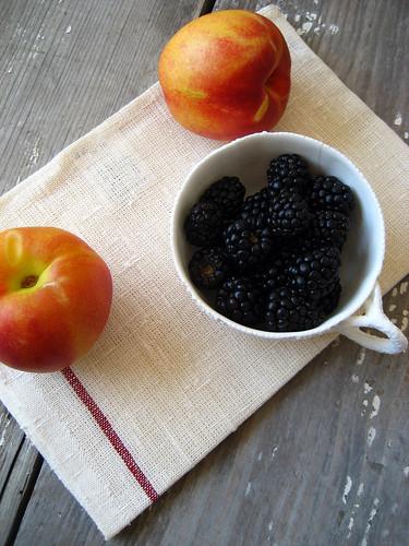 nectarine_berries