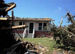 (twi$tbarbie) Tags: usa storm america mo missouri disaster twister tornado mothernature may22 devastation joplin