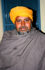 Covered in Shawl (Manny Pabla) Tags: travel winter portrait people india heritage asia village uncle indian culture farmer shawl turban sikh punjab punjabi singh villager northindia amriksingh saini hoshiarpur nawanshahr badwal rurkikhas garhshankar
